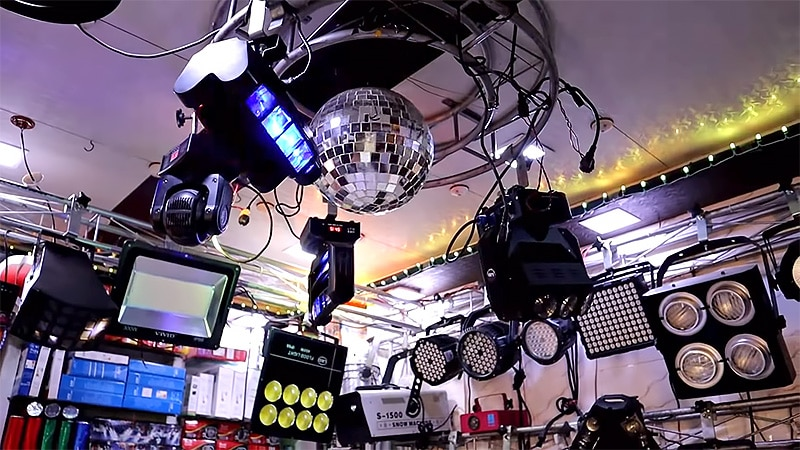 Things to Consider When Choosing the Right DJ Lighting Setup
