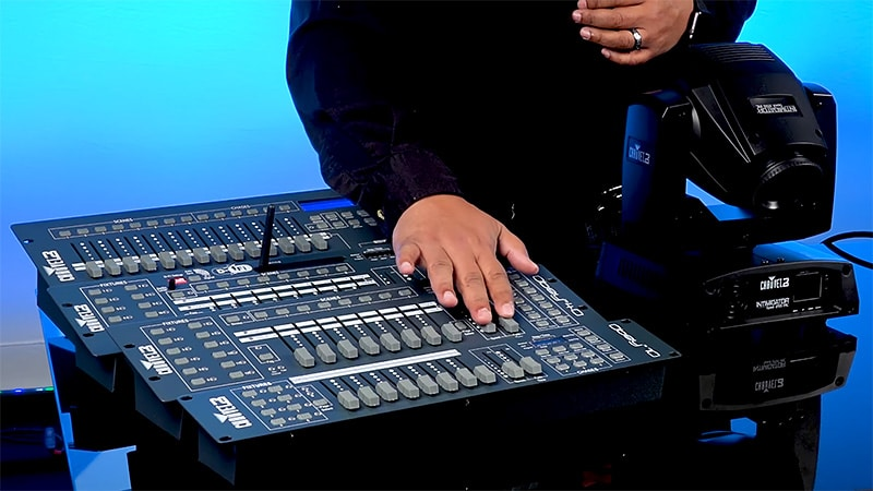 How to Choose the Best DJ Light Controller