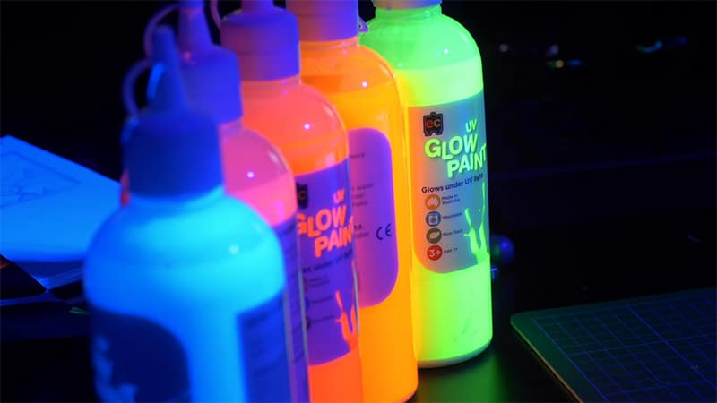 Glow In The Dark Colours – Brightest UV Reactive Paints