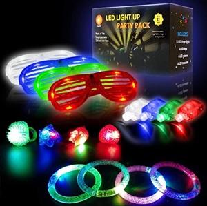 iGlow Glow Sticks Bulk Party Pack